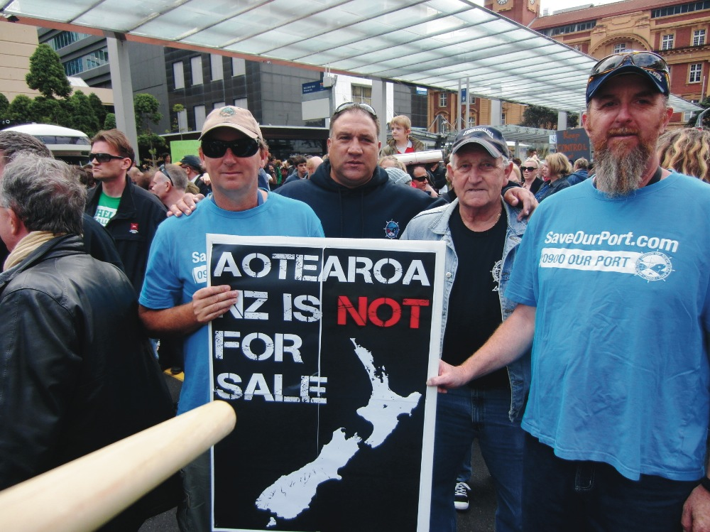 Maritime workers join national day of action against asset sales
